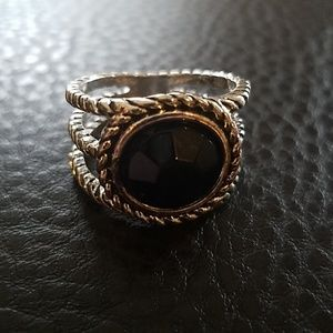Jewelry - Ring- size 11.5